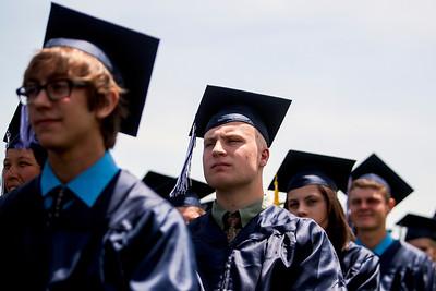 hnws_sun0601_CG_Graduation2.jpg