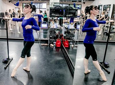 hstyle_adv_Ballet_Teacher4.jpg