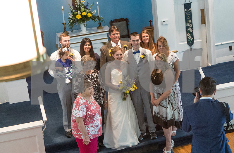 dnews_14_0526_MengesWedding