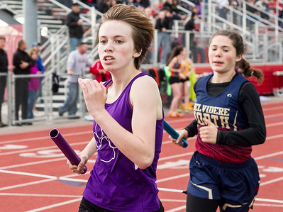 hspts_fri0513_Girls_Track_Maria_Mayer.jpg
