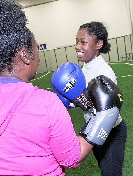 LCJ_504_Conquer_Boxing_L