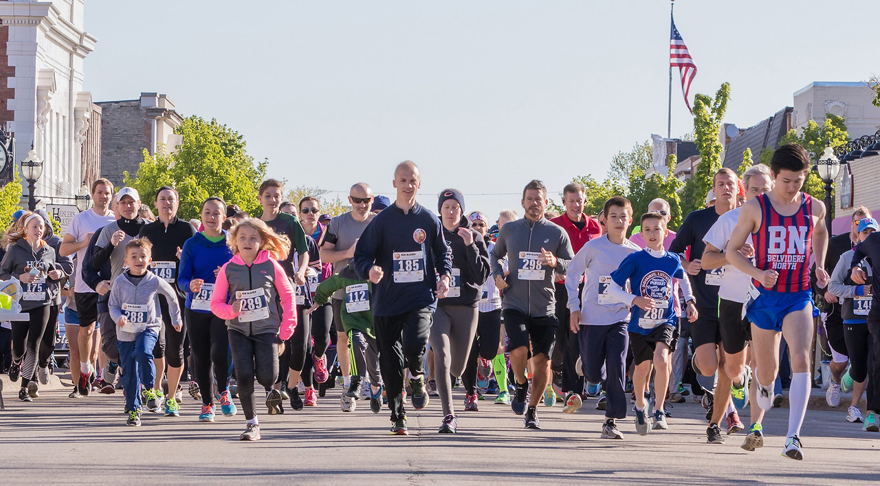 Ken Koontz – For Shaw Media  Runners start the 20th annual Bob Blazier Run for the Arts 5K Run/Walk, Sunday, May 7, 2017 in Crystal Lake.