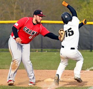 LCJ_0511_GlkN_Grant_BaseballD