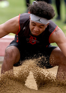 dspts_0518_Boys_Track_02