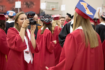 Sam Buckner for Shaw Media. Madison Kerley vlogs classmate Autumn Kasal befeore graduation for her Youtube channel on Saturday May 26, 2018.