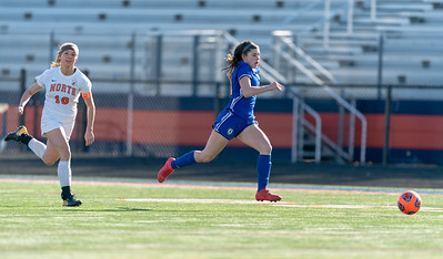 Lyons Township girls soccer vs. Naperville North