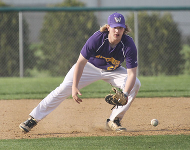 Candace H. Johnson-For Shaw Media Wauconda's Riley Kirk fields a ground ball against Antioch in the fifth inning at Antioch Community High School. Wauconda won 5-3. (5/14/19)