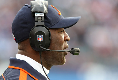 H. Rick Bamman - hbamman@shawmedia.com The Bears' Lovie Smith on the sidelines against the Titans Sunday November 4, 2012 i. Nashville.