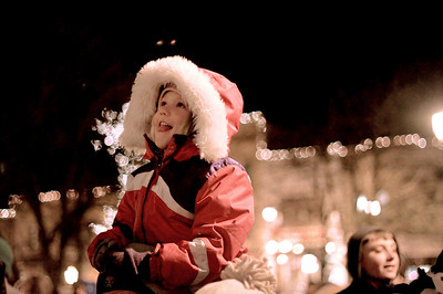 Sarah Nader - snader@shawmedia.com Madeline Day, 5, of Woodstock reacts after seeing the lights turn on during the Lighting of the Square in Woodstock on Friday, November 23, 2012. The event brings out a crowd of nearly 2,000 every year.