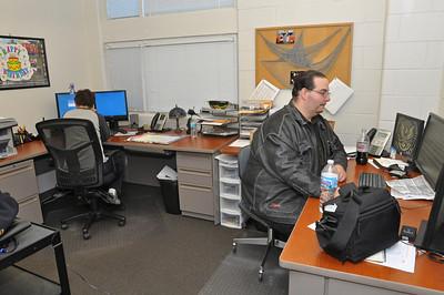 cramped office space. Bill Ackerman - Backerman@shawmedia.com (Bill Photo) Cramped Office Space