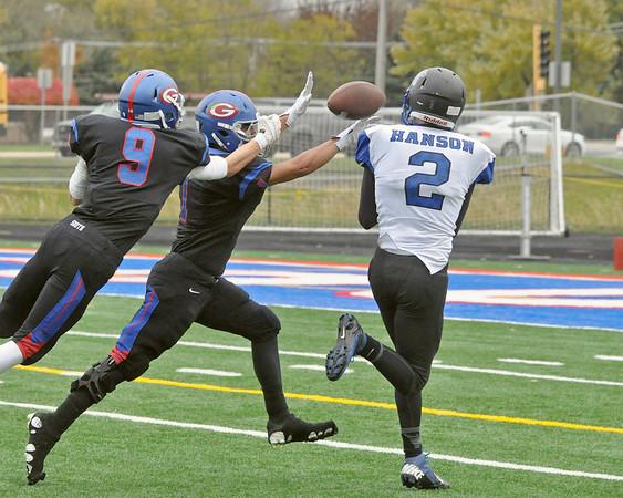 Glenbard South advances in 5A football