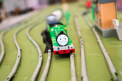 hnews_adv_Train_02.jpg