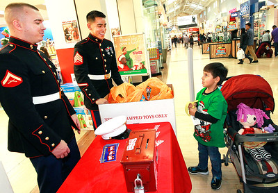 hnews_adv_Toys_For_Tots