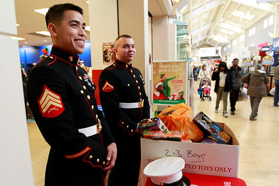 LCJ_1124_GurneeM_Toys_For_Tots_E