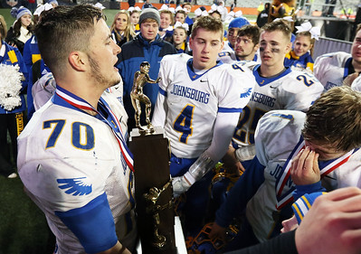 hspts_sat1126_fball_state_jburg_Moore_addresses
