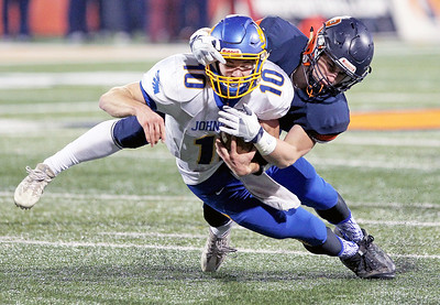 hspts_mon1128_fball_state_jburg_Caruso_face