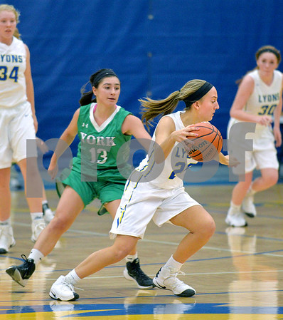 York girls basketball vs Lyons Township