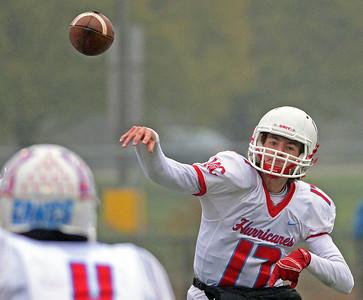 nwh.10xx17.football.marian.central