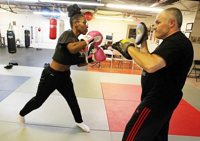 LCJ_1116_Wauk_Boxing_E