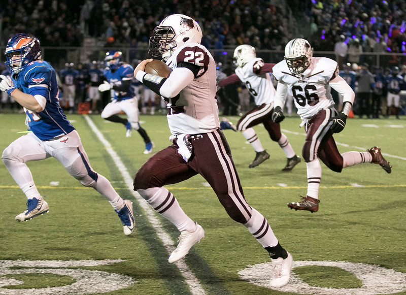 Sarah Nader - snader@shawmedia.com Prairie Ridge's Samson Evans runs the ball during the second quarter at Saturday's Class 6A state semifinal game against Hoffman Estates Nov. 18, 2017. Prairie Ridge won, 42-21.
