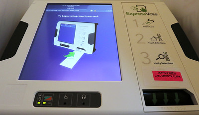 hnews_1106_Voters_Voting_