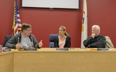 Lake in the Hills Sanitary District President Eric Hansen talks to members of the board Thursday, November 8, 2018 at the Lake in the Hills Sanitary District board meeting in Lake in the Hills. KKoontz – For Shaw Media