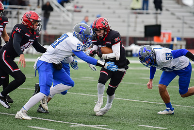 hspts_1101_Fball_Taft_Huntley_