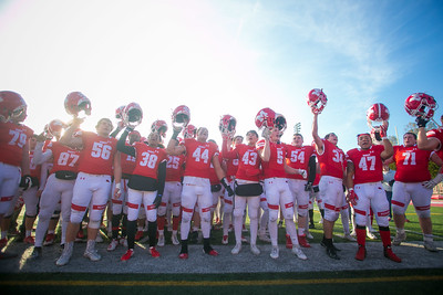 hspts_1109_Fball_mar_hunt_marist_team.JPG