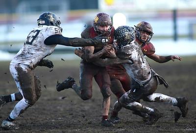 _R-B_football_111619_p12