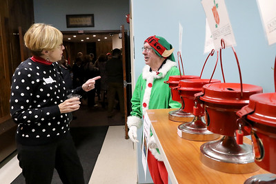 hnews_1119_Red_Kettle