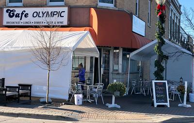 hnews_1117_Cafe_Olympic