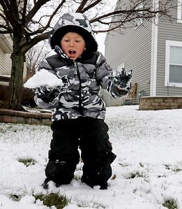 hnews_1124_Snow_Photos