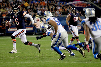 Sarah Nader - snader@shawmedia.com Chicago's Jay Cutler runs a play during the first quarter of Monday's game against the Detroit Lions at Solider Field in Chicago on October 22, 2012.