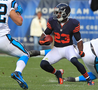 H. Rick Bamman - hbamman@shawmedia.com Devin Hester returns a punt in the first hald against the Carolina Panthers Sunday, October 28, 2012.