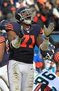 H. Rick Bamman - hbamman@shawmedia.com Bears' Israel Idonije celebrates Robbie Gould's last second field goal that alowed the bears to win 23-22 Sunday, October 28, 2012.