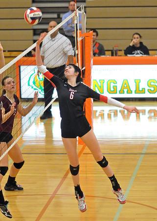 Benet wins regional volleyball final