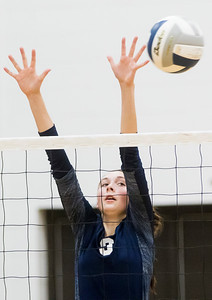 hspts_fri1007_VBALL_CG_HUNT_4.jpg