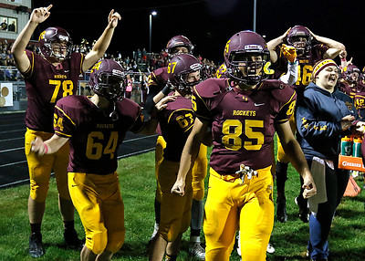 hspts_1008_fball_rb_mar_bench_td_reaction