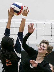 hspts_tue1025_vball_WOODN_2.jpg