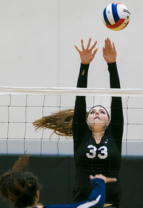 hspts_tue1025_vball_WOODN_3.jpg