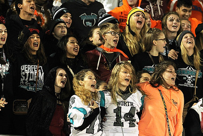 hspts_sat1029_fball_woodn_rc_fans