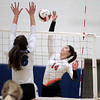 kspts_thu_1027_OHSGirlsVolley1