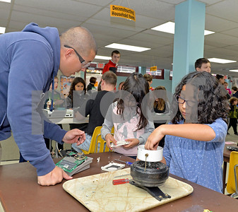 lnews-Gallery-STEMFair02-1026-LSL