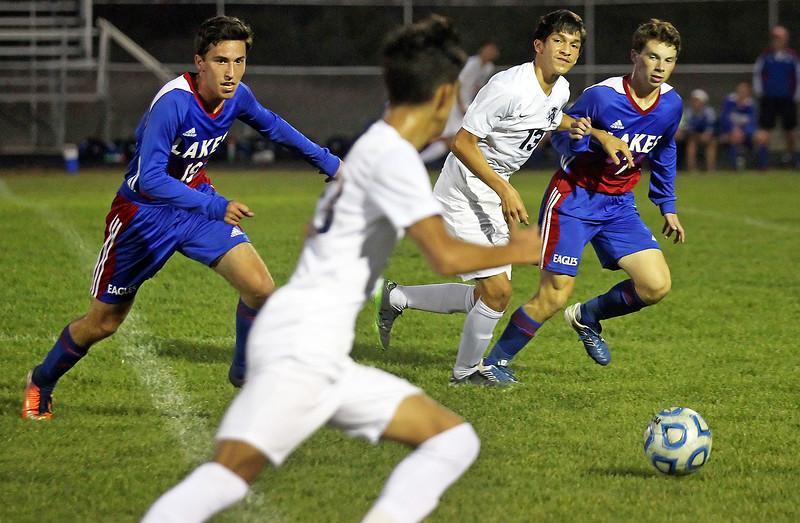LCJ_1005_RL_Lakes_SoccerB