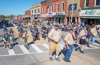 State street in Marengo was crowded as area residents gathered for the annual Settlers' Days parade Sunday, October 8, 2017. KKoontz- For Shaw Media