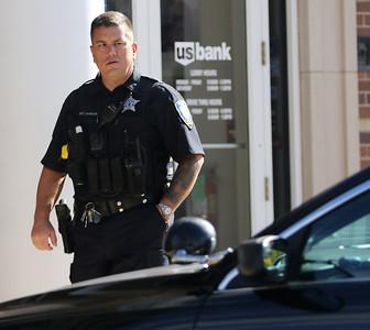 hnews_1011_Bank_Robbery_