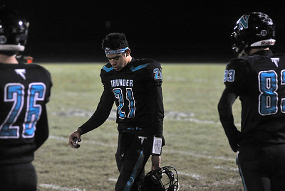102619_sports_fb_woodstocl-north-