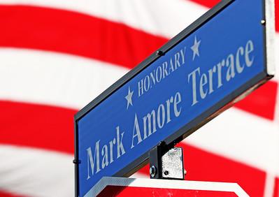 hnews_1001_Mark_Amore