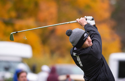 Crystal Lake South golfer Ricky Falbo tees off the first hole in the Class 2A Freeport Sectional golf tournament on Monday, Oct. 12, 2020.