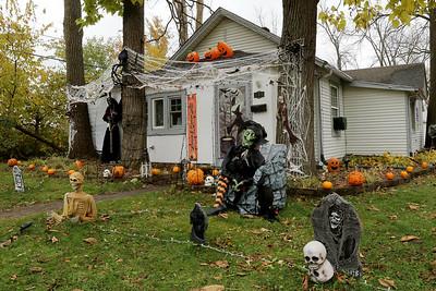 hnews_1026_Halloween_Contest